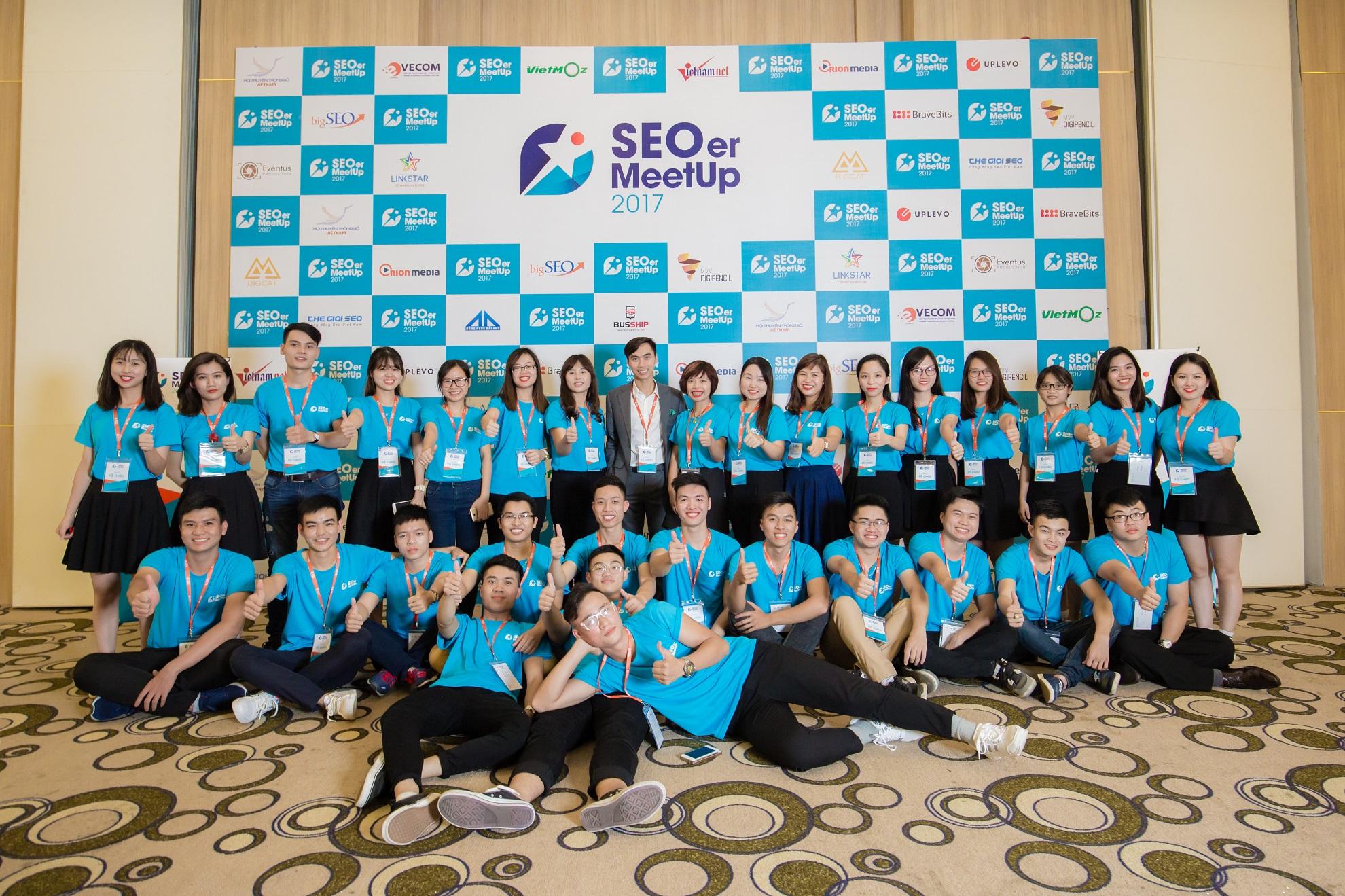 Đội ngũ support sự kiện SEOer MeetUp 2017